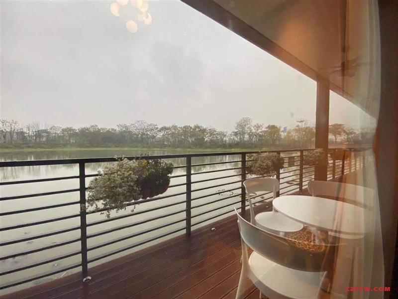 恐龙园龙湖天街旁独享2万平河景,坐拥5000平水岸公园秀江南